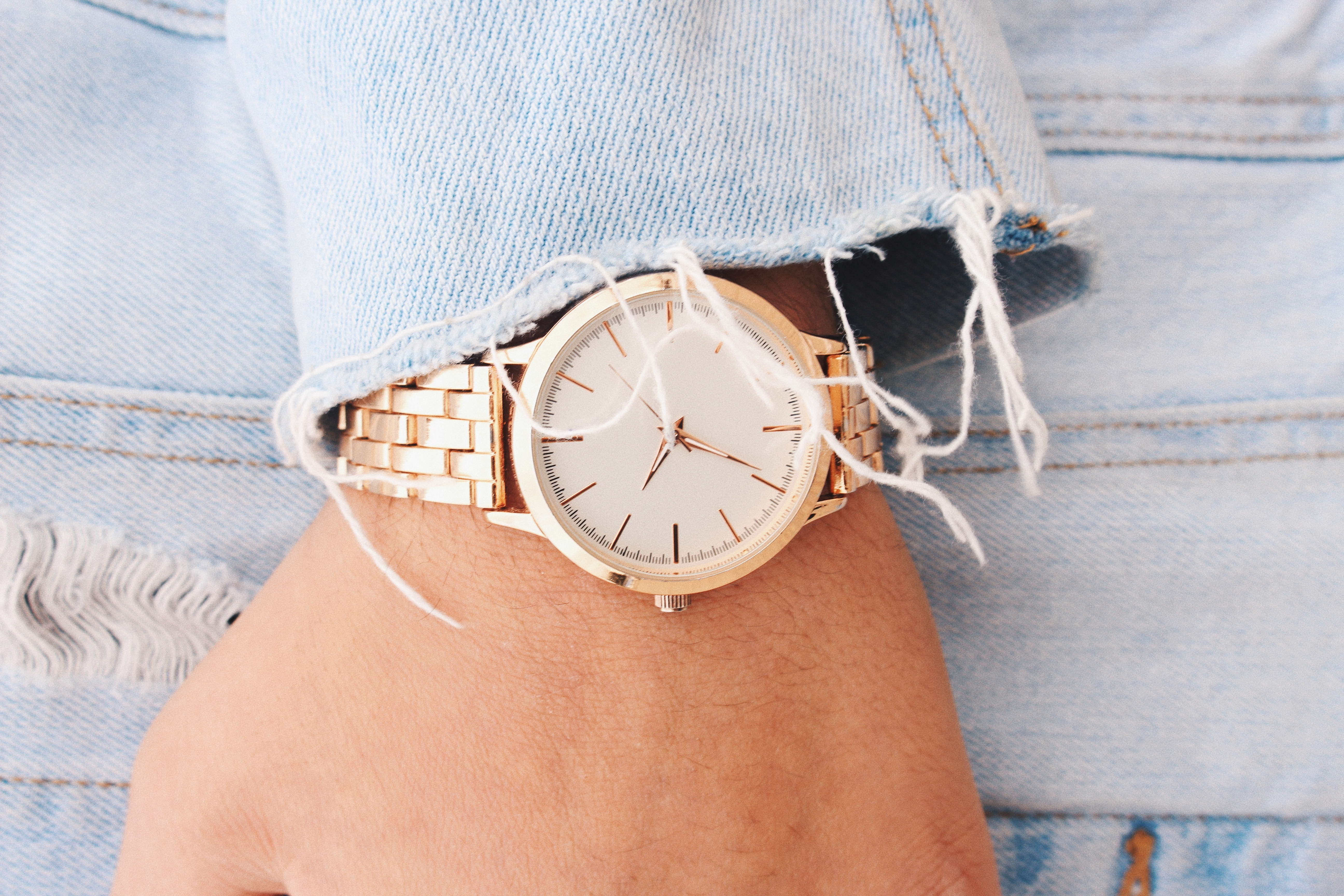 How to Make Money with Wholesale Watches